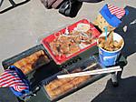 地産地消のいるま豚丼ともちもちした肉巻き串